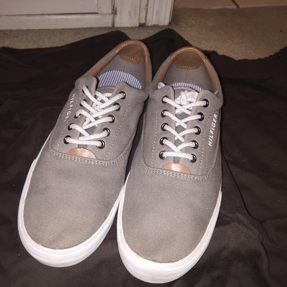 bb4c3562d Men s Tommy Hilfiger Canvas Shoes. M 5a518a5e1dffda6de8037391